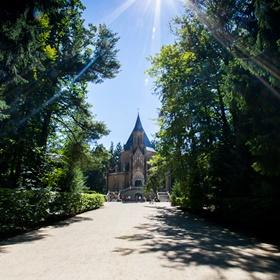 Schwarzenberská hrobka (Domanín)