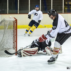 Monday Hockey 2013/14 #14