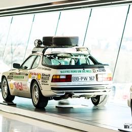 """Porsche 944 Turbo """"Around the world"""""""